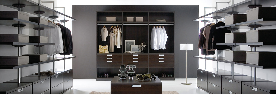 begehbare schr nke m nchen ankleideraum. Black Bedroom Furniture Sets. Home Design Ideas